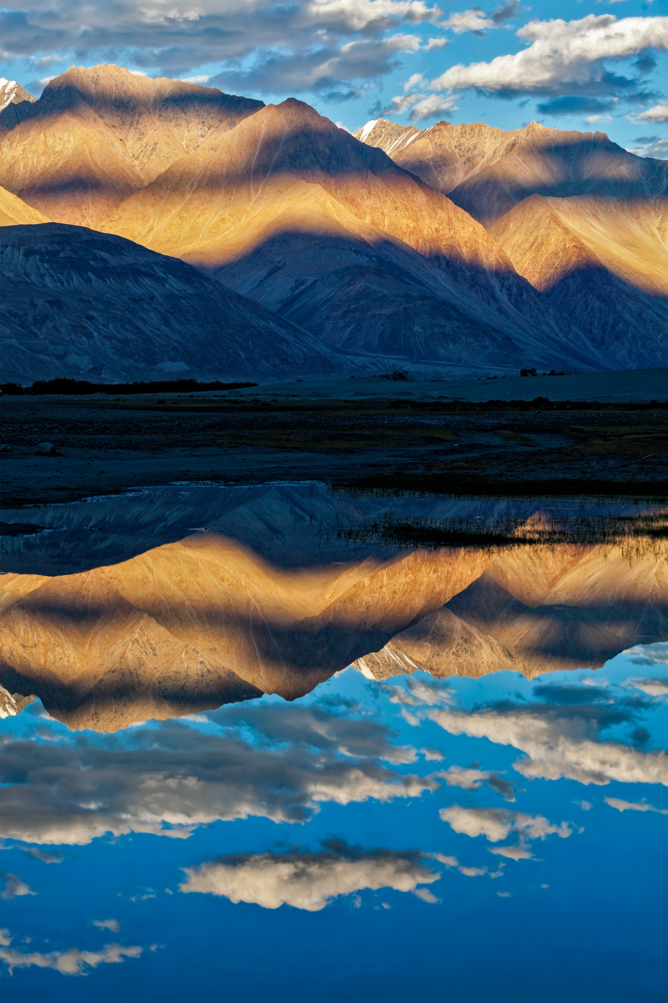 Himalayas on sunset, Nubra valley, Ladakh, India